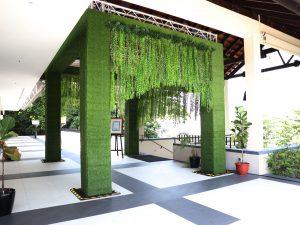Sofitel-Green-Wall1